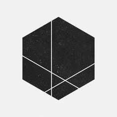 Image via We Heart It https://weheartit.com/entry/166669027/via/16925882 #black #exo #geometric #texture #white
