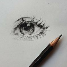 Face Drawing - Need some drawing inspiration? Well you've come to the right place! Here's a list of 20 amazing eye drawing ideas and inspiration. Why not check out this Art Drawing Set Artis… kunst, 20 Amazing Eye Drawing Ideas & Inspiration Pencil Art Drawings, Art Drawings Sketches, Cartoon Drawings, Cool Drawings, Drawings Of Eyes, Sketches Of Eyes, Small Drawings, Drawing Designs, Art Illustrations