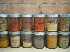 spice things up Types Of Peppers, Spice Jars, Recipe Of The Day, Spice Things Up, Mason Jars, Spices, Sweet Home, Stuffed Peppers, Confusion