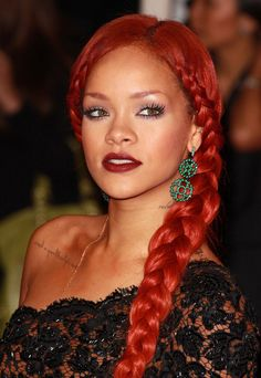 Rihanna - Favorite Makeup Looks
