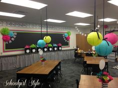 Hanging classroom decorations from the ceiling is the best way to make your classroom look stylish. Thats why it is one of our favorite classroom decorations for teachers! Chevron Classroom Decor, Classroom Layout, Classroom Setting, Classroom Design, Classroom Displays, Kindergarten Classroom, School Classroom, Classroom Themes, Classroom Organization
