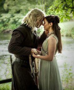 Rhaegar Targaryen &. Lyanna Stark The Dragon and the Wolf Game of thrones