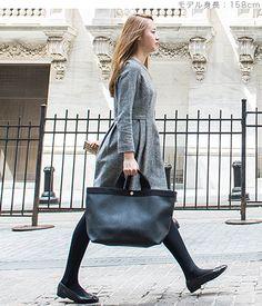 エルベシャプリエHerveChapelier705GP(コーテッドキャンバススクエアトートA4サイズ(M)) Herve, Rebecca Minkoff, Leather Bag, Womens Fashion, Tote Bags, Style, Closet, Busy Bags, Swag