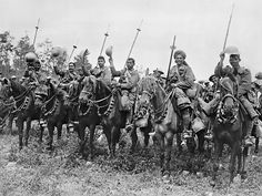 The Deccan Horse, Indian Army, in the Carnoy Valley shortly before their unsuccessful attack at High Wood during the Somme offensive, of July World War One, First World, Schlacht An Der Somme, Indiana, Gallipoli Campaign, Battle Of The Somme, Colorized Photos, Indian Army, Military Personnel