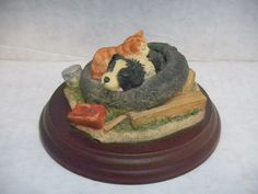 RARE BFA Scotland Resin Sleeping Border Collie Puppy Kitten Sculpture Wood Base   eBay