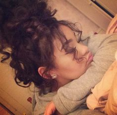 curls.