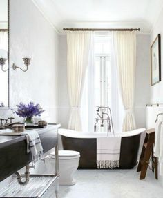 You'll Drool Over These 10 Celebrity Bathrooms