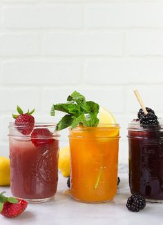 Jam cocktails: also known as a recipe for the happiest cocktail to fuel you all summer long. Grab a mason jar, your favorite jam and booze, and get ready to shake! So, we have accumulated quite a few recipes for jam cocktails on this site over the years, haven't we? I have a whole section on this site dedicated to cocktails made with jam(don't miss