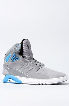 Adidas Originals Roundhouse Mid Sneaker (I hope I don't mess up my ACL in these) Girls Sneakers, Sneakers Fashion, High Top Sneakers, Hot Shoes, Men's Shoes, Shoes Sneakers, Adidas High Tops, I Love My Shoes, Sports Footwear