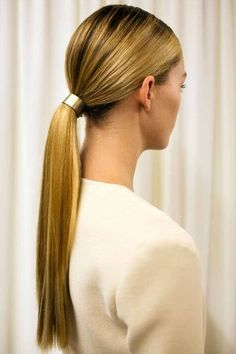 flat horse models for women - Girl Power Pack Ponytail Hairstyles, Wedding Hairstyles, Simple Hairstyles, Hairstyle Ideas, High Ponytails, Very Long Hair, Hair Inspo, Hair Trends, Hair Goals