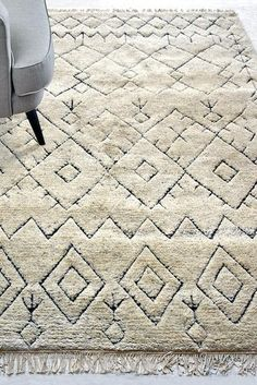 Wool Carpet - Buy handknotted wool carpets online - The Rug Republic Moroccan Design, Moroccan Style, Monochrome Interior, Carpets Online, Classic Rugs, Carpet Stairs, Wool Carpet, Traditional Rugs, Tribal Fashion