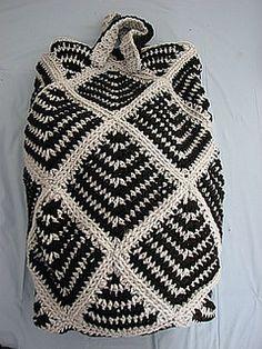 I love this bag! Crochet Tote. Crochet Bag. Crochet Sack. Free Crochet Pattern.