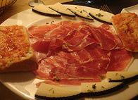 Here are some recipes for simple-to-make Spanish tapas which make great party food or snacks Tapas Party, Spanish Tapas, Some Recipe, Snacks, Recipes, Food, Ham And Cheese, Tapas Food, Appetizers