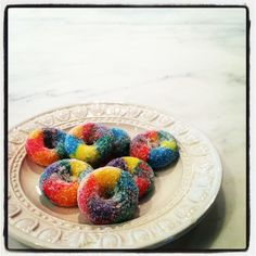 Froot Loops Mini-Donuts by Ross Sveback. Yummy Treats, Sweet Treats, Froot Loops, Mini Doughnuts, Kid Parties, Some Recipe, Grits, Food Lists, Vegan Desserts