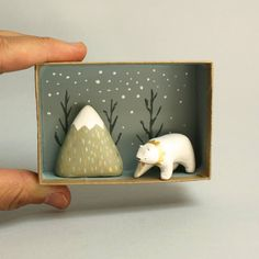 It's so hot in Madrid right now and will be even hotter in the upcoming days. I needed a bit Ceramics Projects, Clay Projects, Ceramic Animals, Ceramic Art, Diy Clay, Clay Crafts, Diy Cadeau Noel, Paperclay, Clay Miniatures