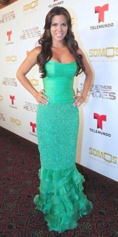 Admirable looking latinos
