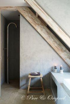 20 rustic bathroom design - The Grey Home Rustic Bathroom Designs, Interior Styling, Attic Bathroom, Rustic Bathrooms, Bathroom Design, Rustic Bedroom, Beautiful Bathrooms, Rustic Interiors, Rustic House