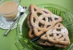 Sprinkle Bakes: Celtic Knot Cookies  I MUST make these.