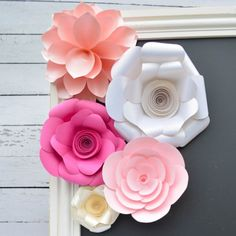 Giant paper flowers patterns and video tutorials mega flores decorative crepe paper flowers mightylinksfo