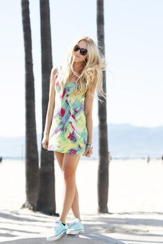 Cute dress and converse--totally my style