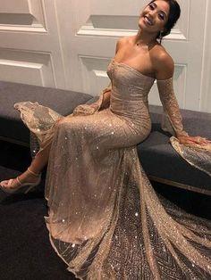 94c5b17723 Sequins Sleeveless Floor-Length Sweep Brush Evening Dress