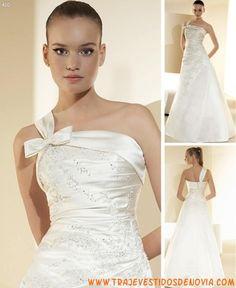 Col. Drapeados  Mod. 410  Vestido de Novia  White One