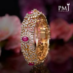 Pink Diamond Jewelry, American Diamond Jewellery, Pearl And Diamond Necklace, Diamond Bangle, Plain Gold Bangles, Ruby Bangles, Gold Bangles Design, Wedding Jewelry Sets, Bridal Jewellery
