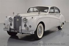 1959 Jaguar MK 9 Sedan Maintenance/restoration of old/vintage vehicles: the material for new cogs/casters/gears/pads could be cast polyamide which I (Cast polyamide) can produce. My contact: tatjana.alic@windowslive.com