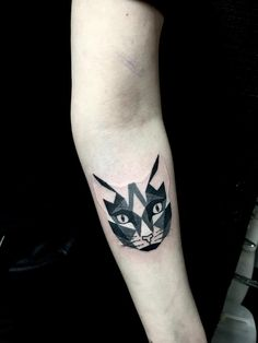 geometric tattoo cat head