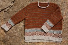 RUSTFARGET GENSER I MØNSTER OG STRIPER – Skappelgenseren Men Sweater, Knitting, Norway, Sweaters, Hobbies, Fashion, Threading, Tips, Moda