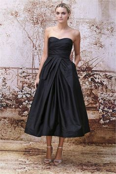 An elegant bridesmaids dress that is perfect for fall or winter. The length is absolutely perfect for all heights.