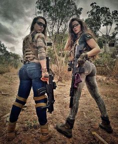 5 Facts You Didn't Know About Women in the Military Military girl - Beautiful Girls & Guns Airsoft Girls, Female Soldier, Army Soldier, Military Girl, Military Women, N Girls, Army Girls, Badass Women, Country Girls