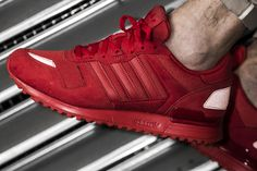 The adidas Originals ZX 700 is available at our shop now! EU 41 1/3 - 47 1/3   100€