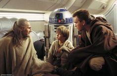 Obi-Wan and Anakin Skywalker – Ewan McGregor, Liam Neeson and Jake Lloyd in – Liam John Neeson (born 7 June is an Irish actor. Star Wars Song, Ver Star Wars, Star Wars Baby, Star Trek, Jake Lloyd, Anakin Skywalker, Darth Maul, Star Wars Canon, Movie Club