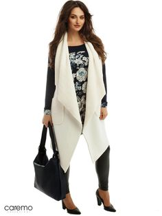 Colectia Toamna  🍂- Iarna ❄️ 19/20 Www.caremo.hu  @adelalupsemodel @caremo.collezioni #curves  #shooting #model #models #curvymodel #pic #hungary #budapest #shopping #fashion #style #confidence #plussize Budapest, Duster Coat, Curves, Plus Size, Shopping, Model, Jackets, Style, Fashion