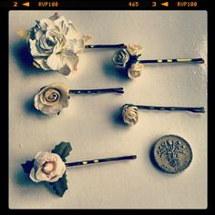 Single flower hair pins by BloomingLoopy.com
