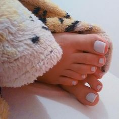 Toe Nails White, Pretty Toe Nails, Pretty Toes, Black Nails, Pies Sexy, Acrylic Toes, Nice Toes, Nails Polish, Foot Love