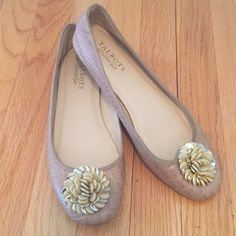Talbots Ballet Flats Adorable snakeskin leather flats from Talbots with fun beaded detail on the toe. It good condition, wear on the sole. Talbots Shoes Flats & Loafers