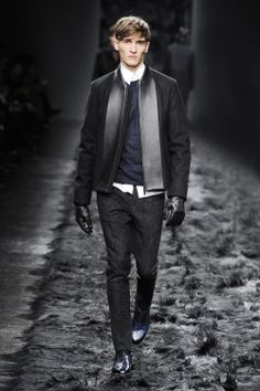 Fashion Show Gallery - Look 40 - Men's Fall/Winter 2014-15 Collection | Fendi