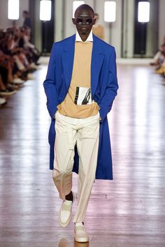 Cerruti 1881 Spring 2018 Menswear Fashion Show