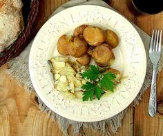 Bacalhau grelhado com batata a murro - Fique a conhecer todas as receitas tradicionais portuguesas em: www.asenhoradomonte.com