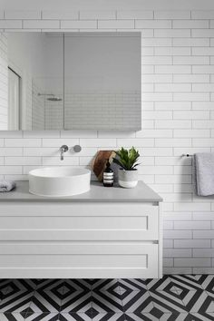 White and grey bathroom vanity. ELWOOD - Bathroom and Kitchen Renovations and Design Melbourne - GIA Renovations