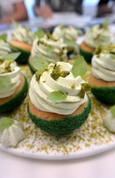 """""""Chou vert"""" réalisé par Marie Meunier lors du cours Autour des pâtisseries de palace à la Michalak Masterclass"""