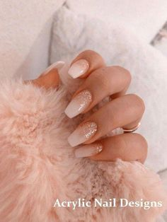 Semi-permanent varnish, false nails, patches: which manicure to choose? - My Nails Simple Acrylic Nails, Summer Acrylic Nails, Best Acrylic Nails, Acrylic Nail Designs, Summer Nails, Square Acrylic Nails, Stylish Nails, Trendy Nails, Aycrlic Nails