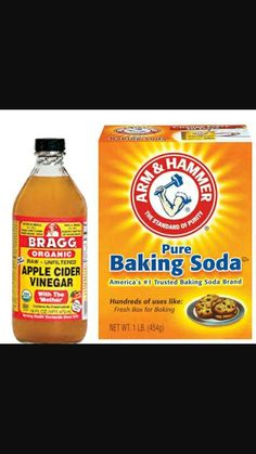 Great face mask and exfoliater. List of ingredients: Apple cider vinegar Baking soda Honey (for soothing) Cinnamon (kills bacteria) Baking Soda And Honey, Baking Soda Vinegar, Baking Soda Shampoo, Baking Soda Uses, Dry Shampoo, Face Scrub Homemade, Homemade Face Masks, Homemade Moisturizer, Baking Soda Face Scrub