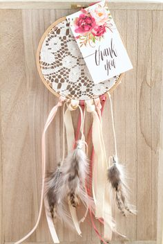 DIY Boho Dreamcatcher Wedding Favor