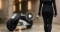BMW Unveil The Future of Motorcycles: Motorrad Vision Next 100 http://www.iconicvideos.biz/bmw-unveil-future-motorcycles-motorrad-vision-next-100/