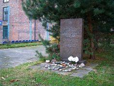 """Lietukis garage, memorial stone, Kaunas 1941 progrom  .. Photo taken in Centro seniūnija, Lithuania 54° 53' 35.93"""" N  23° 55' 22.81""""E"""