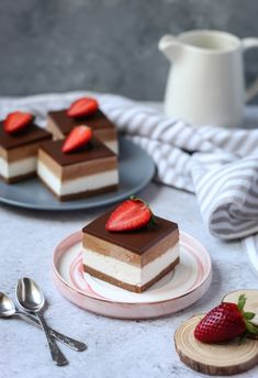 Nutella kocke Bakery Recipes, Cookie Recipes, Dessert Recipes, Kolaci I Torte, Torte Recepti, Eggless Desserts, Torte Cake, Croatian Recipes, Pie Dessert