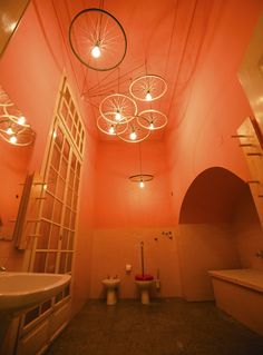 #POLIGONO #bathroom #pink #tiles #Paez #shoes